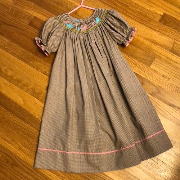 3bd1149a570 Anavini Other - Adorable Brown and white Smocked Dress
